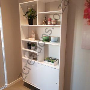 Natalie display shelf